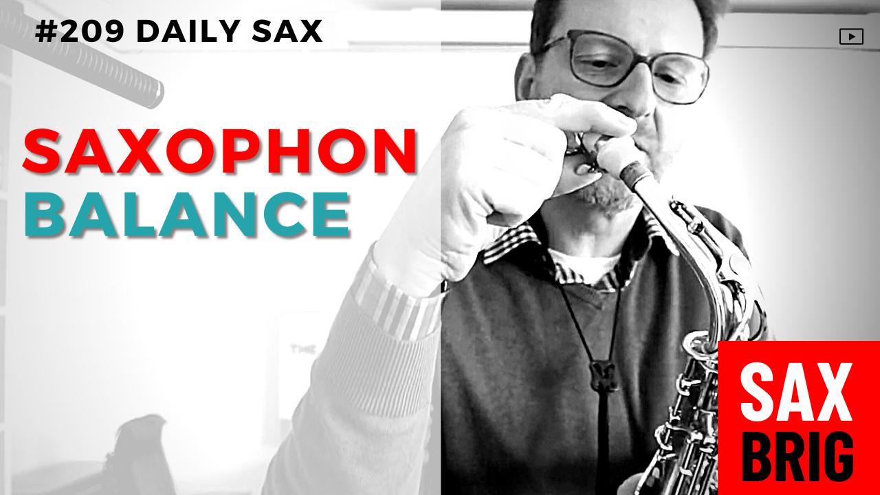 Saxophon ausbalancieren